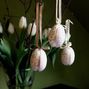 Patchwork-tojások húsvéti ágra (bézs), Otthon & lakás, Dekoráció, Ünnepi dekoráció, Húsvéti díszek, Visszafogott színvilágú húsvéti díszítőelemek elengedhetetlen darabja ez a 3 darabos tojás szett. Hu..., Meska