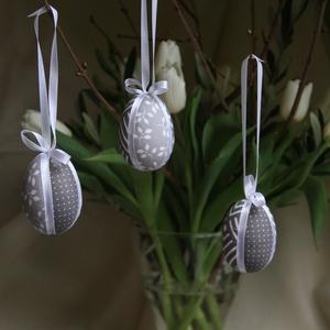 Patchwork-tojások (szürke), Otthon & lakás, Dekoráció, Ünnepi dekoráció, Húsvéti díszek, Visszafogott színvilágú húsvéti díszítőelemek elengedhetetlen darabja ez a 3 darabos tojás szett. Hu..., Meska