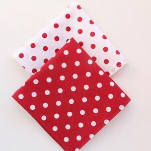 2 db textil szalvéta, 100% pamutvászon - piros alapon fehér pöttyös és fehér alapon piros pöttyös mintával - Meska.hu