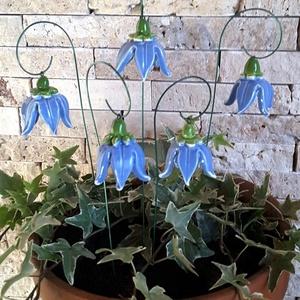 5 db Kis kék  Kerámia Harangvirág (tp.41), Esküvő, Esküvői dekoráció, Otthon & lakás, Lakberendezés, Dekoráció, Kerámia, Virágkötés, Szedj egy csokrot a virágos kertemből!Állítsd össze a saját csokrod! Fehér agyagból aprólékos kézi m..., Meska