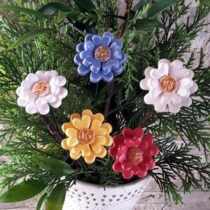 5 db  Tarka Mázas Kerámia Virág (tp.8), Dekoráció, Otthon & lakás, Lakberendezés, Kaspó, virágtartó, váza, korsó, cserép, Kerti dísz, Kerámia, Virágkötés,  Szedj egy csokrot a virágos kertemből! Egész évben dísze lehet otthonodnak.Némi kiegészítővel zöldd..., Meska