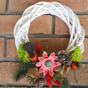 """,Karácsony \""""Kerámia Virágos  Ajtódísz, Karácsony & Mikulás, Karácsonyi kopogtató, Kerámia, Virágkötés,  Fehér agyagból aprólékos kézi munkával készült mázas virágok melyeket száraz növények és bogyók kie..., Meska"""