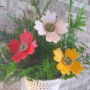 3db Nagy Színes Kerámia Virág (tp.88), Csokor & Virágdísz, Dekoráció, Otthon & Lakás, Kerámia, Virágkötés,  Szedj egy  csokrot  a virágos kertemből!  Egész évben üde színfoltja lehet otthonodnak.A csokrot ki..., Meska