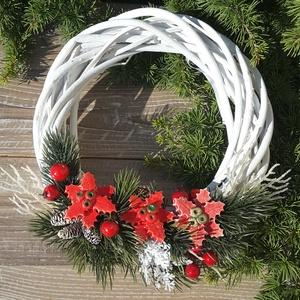""",Karácsony\""""Kerámia Virágos,Kopogtató Ajtódísz, Otthon & Lakás, Karácsony & Mikulás, Karácsonyi kopogtató, Kerámia, Virágkötés,  Üdvözöljük a hozzánk érkezőt egy igazán szép ajtódísszel!Fehér agyagból aprólékos kézi munkával ,sz..., Meska"""