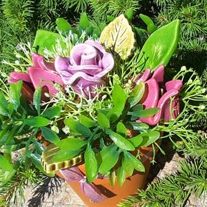 """,Rózsa és Tulipánok\""""Kerámia Virágos  Asztaldísz, Csokor & Virágdísz, Dekoráció, Otthon & Lakás, Kerámia, Virágkötés, Fehér agyagból aprólékos kézi munkával készült kerámia virágok és levelek melyeket második égetés el..., Meska"""