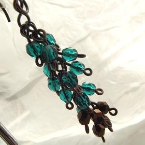 Borzas fülbevaló - smaragd, bronz (hajnalgyongy) - Meska.hu