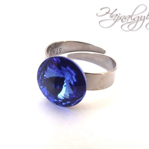Swarovski gyűrű - SHAPPIRE/nemesacél/ , Ékszer, Gyűrű, Szoliter gyűrű, 12 mm-es Swarovski RIVOLI  kristályt ölel körbe a nemesacél (304) foglalat. Állítható gyűrűalap. KÉK..., Meska