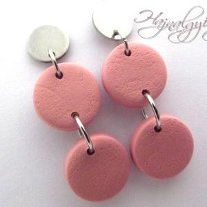 Rózsaszín karikák - süthető gyurma fülbevaló, Ékszer, Fülbevaló, Lógós fülbevaló, Gyurma, FIMO süthető gyurmából készítettem. Pasztel rózsaszín. Nem festett, anyagában színes. \nNemesacél (30..., Meska