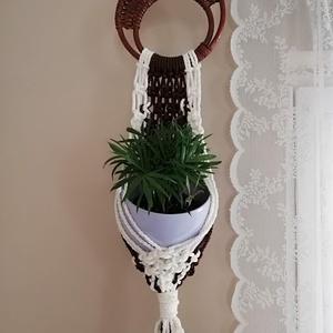 Makramé virágtartó, Otthon & lakás, Lakberendezés, Kaspó, virágtartó, váza, korsó, cserép, Különleges makramé virágtartót készítettem, ezzel az ismét nagyon menő technikának a segítségével  I..., Meska