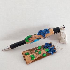 Erdei kék tollszett díszdobozban, Otthon & Lakás, Papír írószer, Ceruza & Toll, Gyurma, A szett egy golyóstollat és egy pár fülbevalót foglal magába. Az írószereket azoknak ajánlom, akik s..., Meska
