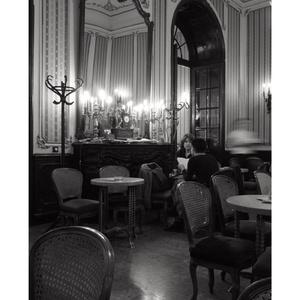 Művész Café, Andrássy út, Budapest, 2005., Művészet, Művészi nyomat, Fotó, grafika, rajz, illusztráció, A4 méretű digitális nyomat, készletről megvásárolható.\nA küldeményt az átutalás megérkezése után 1 m..., Meska