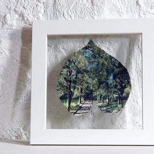 Lisszabon, Jardim Botanico Tropical, sétány píneákkal, kb 11x12 cm falevélen, 20x20 cm keretben, Művészet, Fotográfia, Fotó, grafika, rajz, illusztráció, Ez a felvétel a Lisszaboni Jardim Botanico Tropical egyik egzotikus píneákkal szegélyezett sétányán ..., Meska