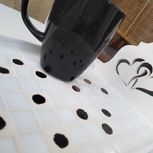 Retró fekete - fehér pöttyös mozaik tálca, romantikus szívecskés kávé és tea kínáló (Hamupupocska) - Meska.hu