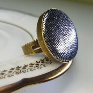 Selymes ezüstfényű  mono gyűrű (Hamupupocska) - Meska.hu