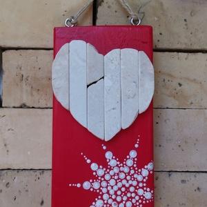 Piros fehér vintage mozaik szív  kavics kép- 3D falikép dekoráció természetes kő kép, Otthon & lakás, Dekoráció, Lakberendezés, Falikép, Famegmunkálás, Mozaik, A kép kézműves technikával készült, természetes alapanyagokból. \n\nKampó és akasztó nélkül mérve az a..., Meska