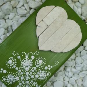 Zöld fehér vintage mozaik szív  kavics kép- 3D falikép dekoráció természetes kő kép (Hamupupocska) - Meska.hu