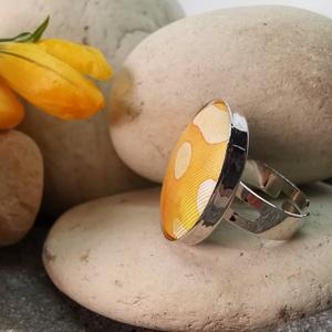 Sárga kézzel festett selyem makaron gyűrű (Hamupupocska) - Meska.hu