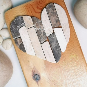 Mozaik  kő szív kép csipke mandala díszítéssel - 3D falikép dekoráció természetes kőkép, Otthon & Lakás, Mandala, Dekoráció, Famegmunkálás, Mozaik, A kép kézműves technikával készült, természetes alapanyagokból, hátoldalán fém akasztóval.  Diszkré..., Meska