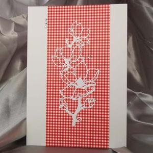 Elegáns nagyméretű piros kockás strasszos virág képeslap névnapra, anyák napjára, szülinapra : HMB2103_53, Otthon & Lakás, Papír írószer, Képeslap & Levélpapír, Nagy méretű kinyítható üdvözlőlap  kb 23 x 16 cm-es hozzáíllő síznes borítékkal. Használható mint ké..., Meska