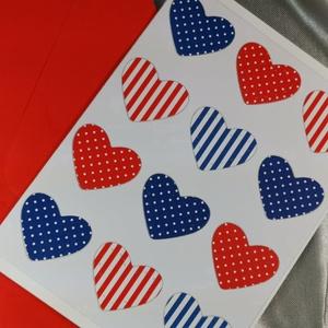 Egy tucat szív  - piros fehér kék képeslap, üdvözlőlap, ajándékkísérő : HMB2103_58, Otthon & Lakás, Papír írószer, Képeslap & Levélpapír, Standard méretű kinyítható üdvözlőlap  16 x 11cm-es hozzáíllő síznes borítékkal. Használható mint ké..., Meska