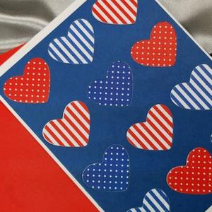Egy tucat szív  - csíkos pöttyös képeslap, üdvözlőlap, ajándékkísérő : HMB2103_59, Otthon & Lakás, Papír írószer, Képeslap & Levélpapír, Standard méretű kinyítható üdvözlőlap  16 x 11cm-es hozzáíllő síznes borítékkal. Használható mint ké..., Meska