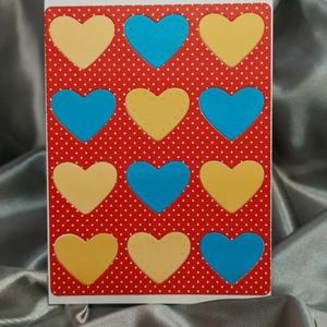 Egy tucat szív  - piros kék pöttyös képeslap, üdvözlőlap, ajándékkísérő : HMB2103_64, Otthon & Lakás, Papír írószer, Képeslap & Levélpapír, Standard méretű kinyítható üdvözlőlap  16 x 11cm-es hozzáíllő síznes borítékkal. Használható mint ké..., Meska