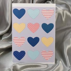 Egy tucat szív  - kék lila képeslap, üdvözlőlap, ajándékkísérő : HMB2103_67, Otthon & Lakás, Papír írószer, Képeslap & Levélpapír, Standard méretű kinyítható üdvözlőlap  16 x 11 cm-es hozzáíllő színes borítékkal. Használható mint k..., Meska