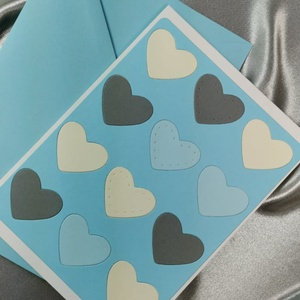 Egy tucat szív  - babakék képeslap, üdvözlőlap, ajándékkísérő : HMB2103_68, Otthon & Lakás, Papír írószer, Képeslap & Levélpapír, Standard méretű kinyítható üdvözlőlap  16 x 11 cm-es hozzáíllő színes borítékkal. Használható mint k..., Meska