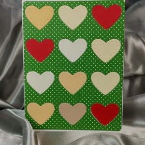 Egy tucat szív  - fűzöld képeslap, üdvözlőlap, ajándékkísérő : HMB2103_74, Otthon & Lakás, Papír írószer, Képeslap & Levélpapír, Papírművészet, Meska