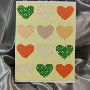 Egy tucat szív  - sárga képeslap, üdvözlőlap, ajándékkísérő : HMB2103_75, Otthon & Lakás, Papír írószer, Képeslap & Levélpapír, Papírművészet, Meska