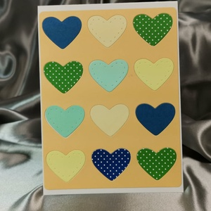 Egy tucat szív  - pasztell narancssárga képeslap, üdvözlőlap, ajándékkísérő : HMB2103_79, Otthon & Lakás, Papír írószer, Képeslap & Levélpapír, Papírművészet, Meska
