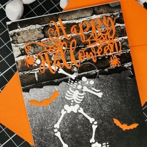 Happy Halloween képeslap, üdvözlőlap, ajándékkísérő : HMB2110_24, Halloween, Halloweeni meghívó, képeslap, ajándékkísérő, Papírművészet, Meska