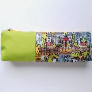 Tolltartó - I love Budapest mintás, Otthon & Lakás, Papír írószer, Tolltartó & Ceruzatekercs, Varrás, Egyszerű cipzáros tartó, színes tollaknak, ceruzáknak, egy 20 centis vonalzó is kényelmesen elfér be..., Meska