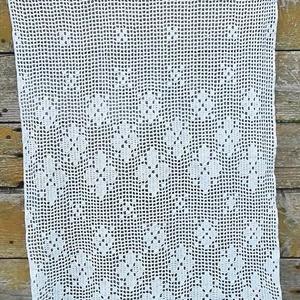 Provance 2.-Horgolt vitrázs,fehér csipke függöny apró hullámokkal (HANDMAKE) - Meska.hu