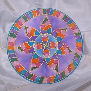 Sorskerék, Mandala, Dekoráció, Otthon & Lakás, Selyemfestés, 25 cm átmérőjű, kézzel festett selyem mandala. \nA színek ritmikus váltakozása harmonikus rendet, és ..., Meska