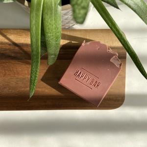 Natúr rózsaszín agyagos szappan, Szépségápolás, Szappan & Fürdés, Szappan, Szappankészítés, Illatanyag és színezékmentes natúr szappan rózsaszín agyaggal. Olyan értékes alapanyagokból készült,..., Meska
