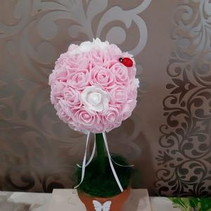 Rózsafa habrózsából, Helyszíni dekor, Dekoráció, Esküvő, Mindenmás, Virágkötés, \nAlkalmakra, esküvői asztalok díszítésére alkalmas rózsafa ami habrózsából készül és 30-35 cm magas...., Meska