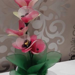 Orchidea harisnyából , Otthon & Lakás, Dekoráció, Csokor & Virágdísz, Virágkötés, Mindenmás, Szeretnél valami egyedit ajándékozni?\nVagy szeretnél olyan virágot otthonodban ami nem hervad el,nem..., Meska