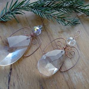 Csiszolt üveg/drót Angyalka dísz, Karácsony & Mikulás, Karácsonyfadísz, Gyöngyfűzés, gyöngyhímzés, Csiszolt üveg/drót Angyalka dísz\nmérete: 6 cm, Meska