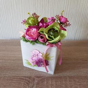 Orchideás pink-zöld asztaldekoráció, Otthon & Lakás, Dekoráció, Asztaldísz, Virágkötés, Mindenmás, Meska