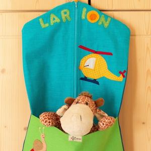 LARION Ovis zsák, Gyerek & játék, Baba-mama kellék, Varrás, A képen látható ovis zsák dekorvászonból készült. Kérésre varrtam rá a gyermek nevét és kedvenc figu..., Meska