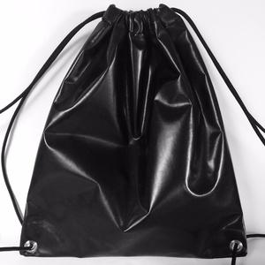 Fekete lakk gym bag hátitáska (hegymegigabi) - Meska.hu
