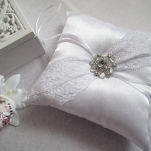 Jégvirág gyűrűpárna - nagy, új, Esküvő, Kiegészítők, Gyűrűtartó & Gyűrűpárna, Elegáns, igényes gyűrűpárna örök romantikusoknak.  Egyedi elképzelés alapján készült!  Hófehér, fény..., Meska