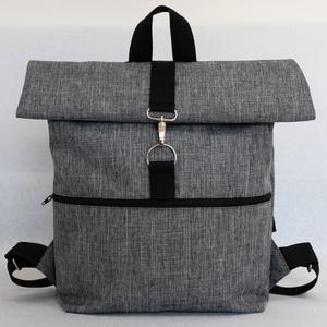 Hátizsák Roll top szürke, Táska & Tok, Hátizsák, Roll top hátizsák, Varrás, Praktikus és esztétikus - ez a Roll top azaz lehajtható/letekerhető tetejű hátizsák, cipzárral és ka..., Meska
