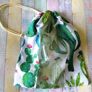 Kaktusz mintás textil zsák/ öko zacskó , Zöldség/Gyümölcs zsák, Bevásárlás & Shopper táska, Táska & Tok, Varrás, A zsák eleje pamutvászon és tüll  kombinációjából készült, a hátulján a teljes minta látható. A zsák..., Meska