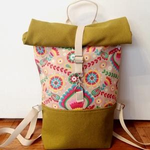 Népi motívumos roll up vászon hátitáska, Táska & Tok, Hátizsák, Varrás, Népi motívumos roll up hátitáska. A táska mintás pamutvászon és egyszínű vászon kombinációjából kész..., Meska