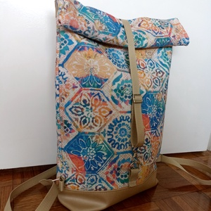 Mandala mintás roll up hátitáska, Táska & Tok, Hátizsák, Roll top hátizsák, Varrás, Mandala mintás roll up hátitáska. A táska mintás textilből és  textilbőrből készült, cipzárral és má..., Meska
