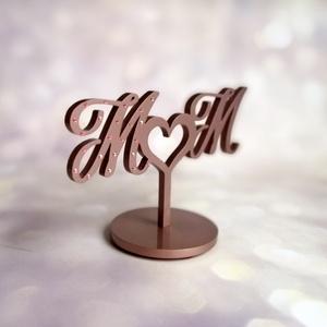 Esküvői tortadísz/csúcsdísz Swarovski kristállyal  Monogrammos menyasszonyi torta Esküvői dekoráció tortára , Esküvő, Esküvői dekoráció, Nászajándék, Famegmunkálás, Festett tárgyak, A menyasszony és a vőlegény nevének kezdőbetűi egy szívet fognak közre. A menyasszony nevének betűjé..., Meska