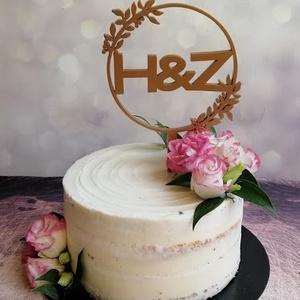 Esküvői tortadísz/csúcsdísz Monogramos menyasszonyi torta Esküvői dekoráció tortára , Esküvő, Tábla & Jelzés, Dekoráció, Famegmunkálás, Festett tárgyak, Meska