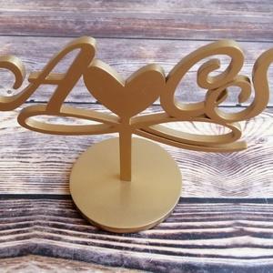 Esküvői tortadísz/csúcsdísz Monogrammos menyasszonyi torta Esküvői dekoráció tortára Mágneses dekoráció - esküvő - dekoráció - sütidísz - Meska.hu